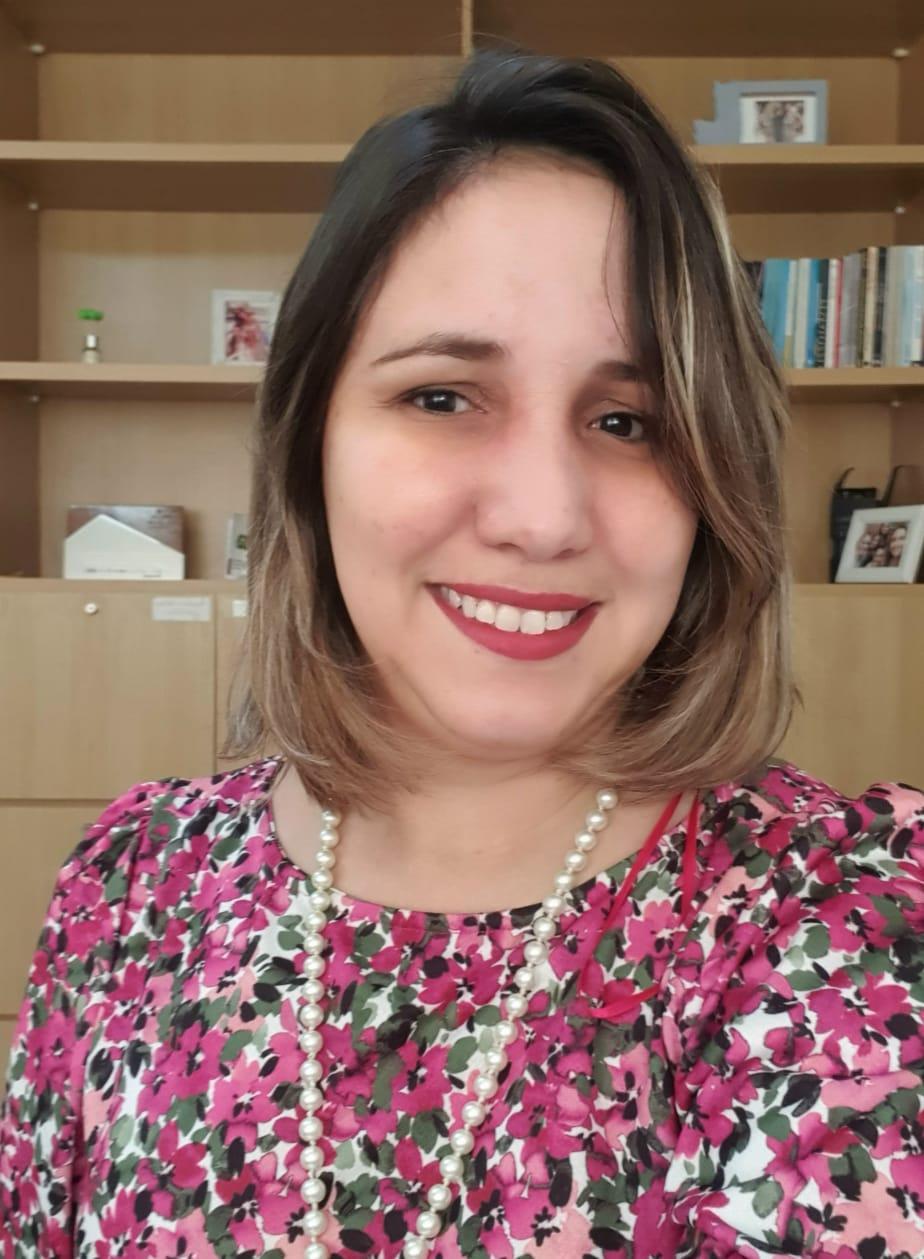 Cíntia Santos
